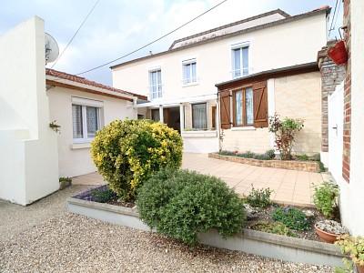 Maison 3 chambres avec grande dépendance A VENDRE - LES MUREAUX - 102,29 m2 - 343000 €
