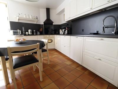 MAISON A VENDRE - FREPILLON - 342,24 m2 - 603000 €