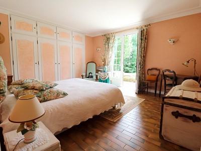 MAISON A VENDRE - NEUVILLE BOSC La petite Alléré - 268,83 m2 - 572000 €