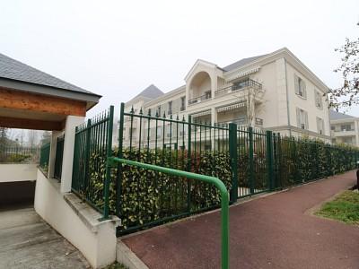 APPARTEMENT T5 A VENDRE - L ISLE ADAM - 116 m2 - 665000 €